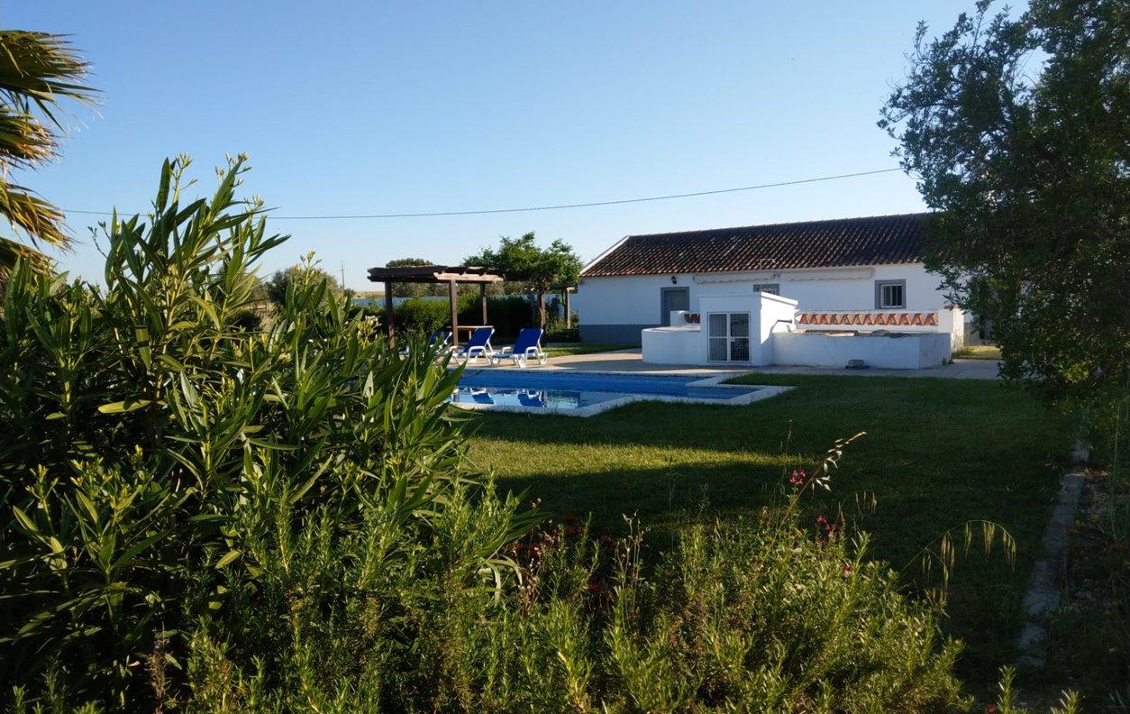Casa de férias com Piscina, Vista Montanha, Jardim, Lareira,BBQ e Wi-Fi - Próximo Templo Romano de Évora - 12234