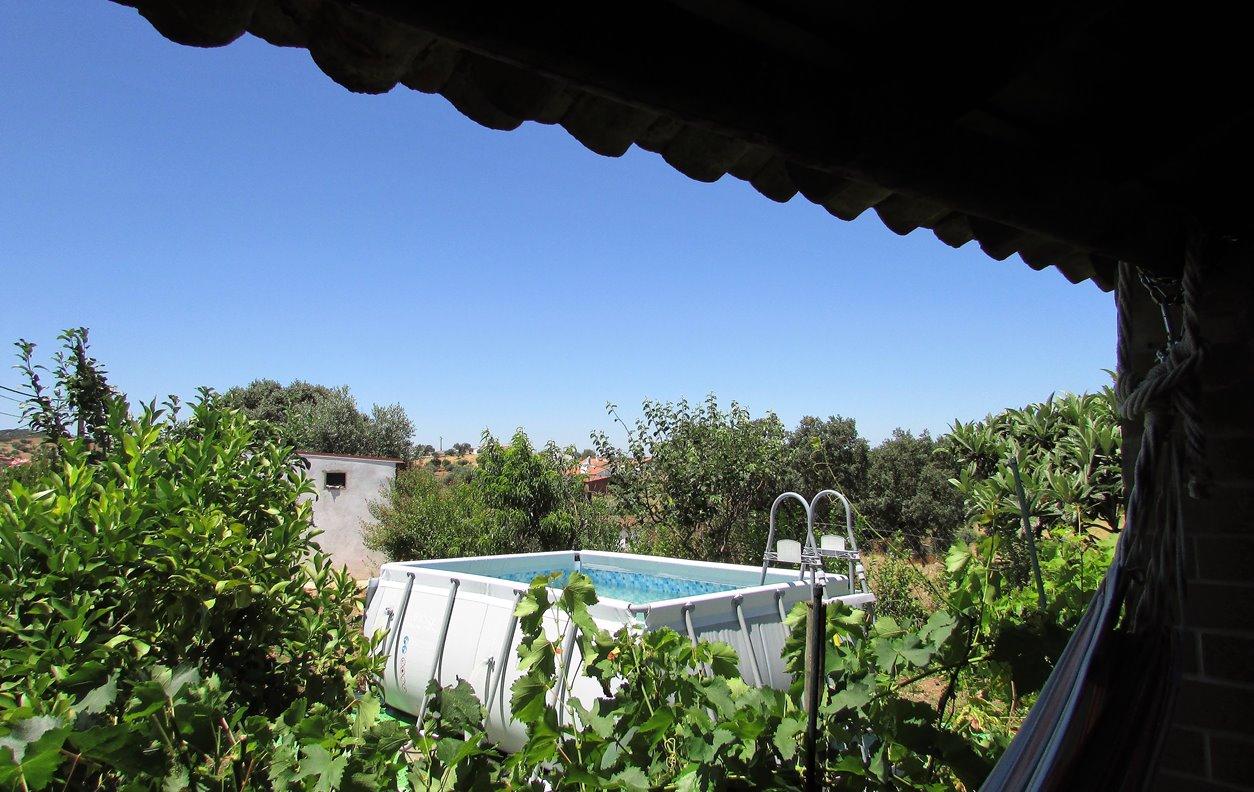 Casa Rústica de Férias com Piscina, Vista Montanha, Jardim e Wi-Fi - Próximo de Restaurantes - 12244