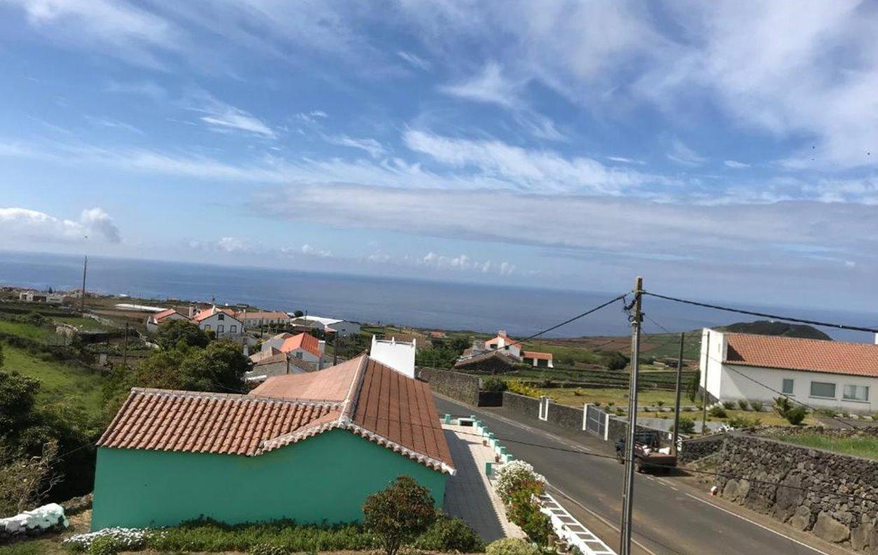 Casa de Férias com Vista Mar, Varanda e Wi-Fi - Próximo Pico Matias Simão - 12262