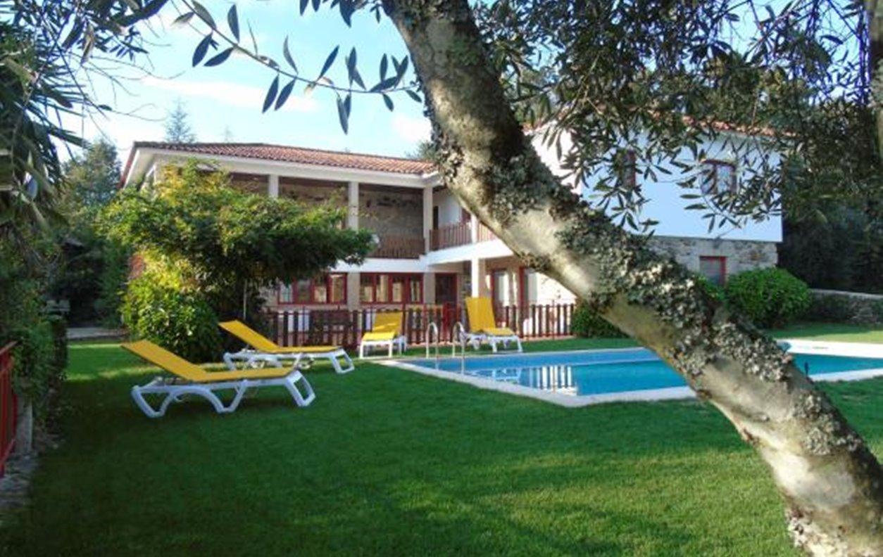 Casa Rústica de Férias com Piscina, Sustentável, A/C, BBQ e Wi-Fi  - Próximo Praia Fluvial de Fermil de Basto - 12268