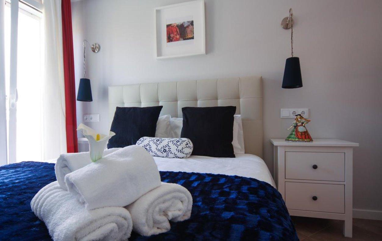 Noite Grátis - Apartamento de Férias no Centro da cidade com Vista Mar e Wi-Fi - Próximo Praia da Nazaré - 12336