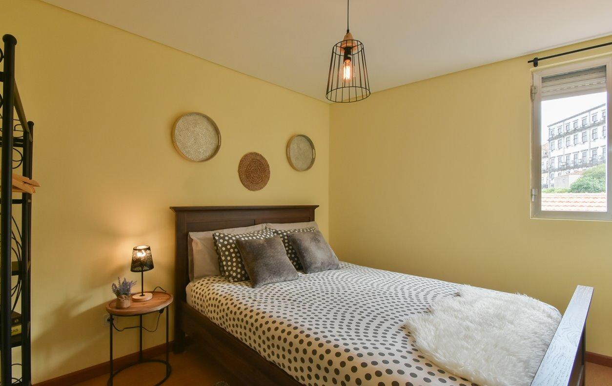 Apartamento de Férias no Centro da Cidade com Cafeteira e Wi-Fi - Próximo Torre dos Clérigos - 12559