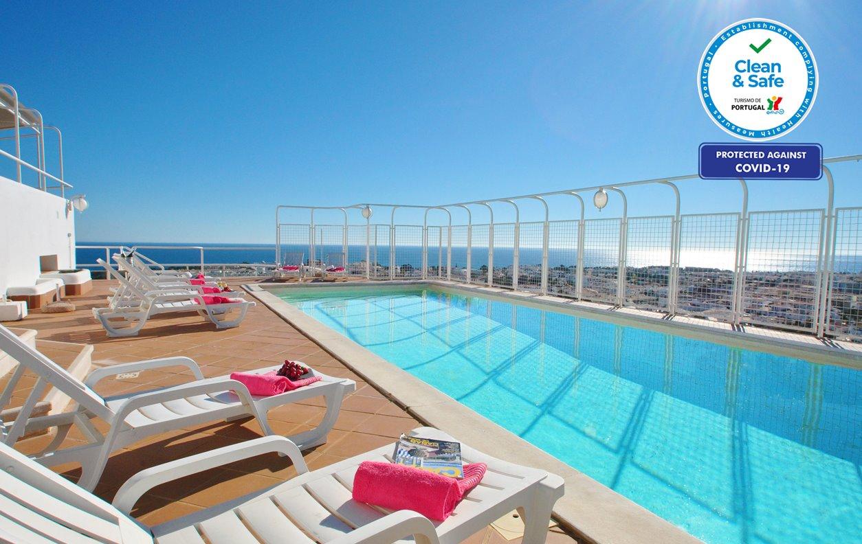 Apartamento de Férias com Piscina Privada, A/C, BBQ e Wi-Fi - A uma curta distância de belas praias - 12681
