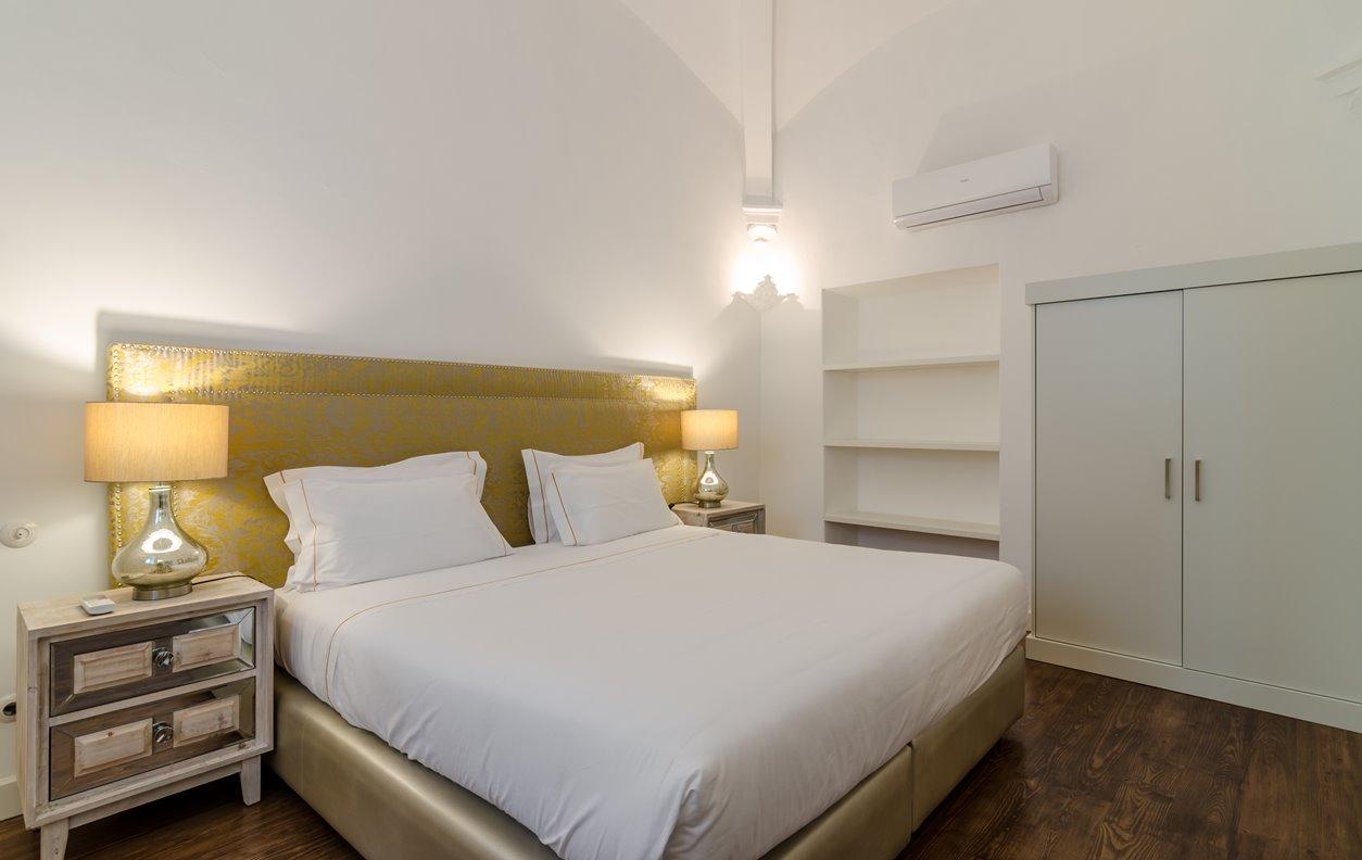 Suite em Apartamento de Férias com Piscina, A/C e Wi-Fi - Próximo Aqueduto de Prata - 12814