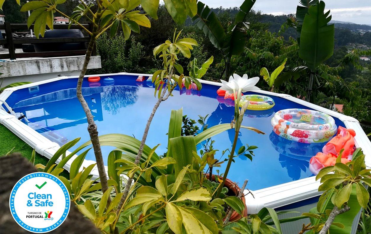 Casa Rústica Férias com Piscina, Lago com Barcos,Vista Montanha, BBQ e Wi-Fi - Próximo Penedo das Letras - 12845
