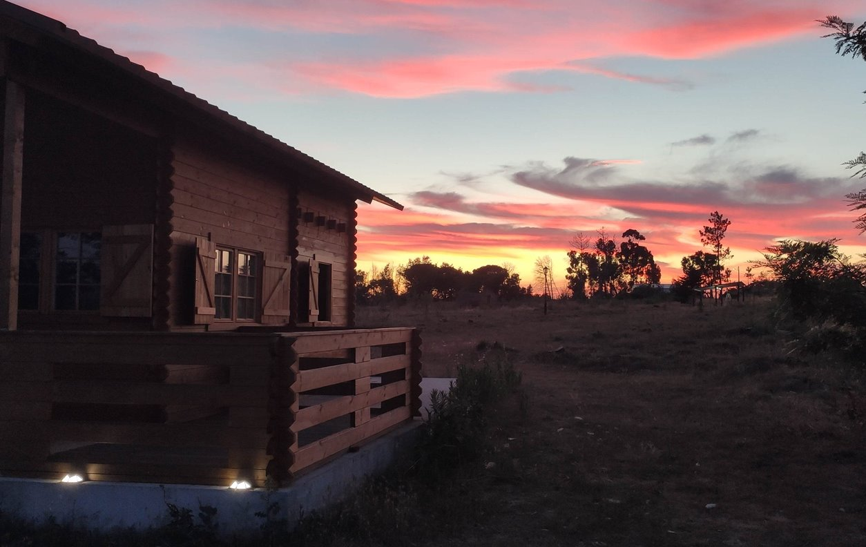Chalé de Férias com Piscina, Vista Montanha, A/C, BBQ e Wi-Fi - Próximo Serra da Estrela - 12904