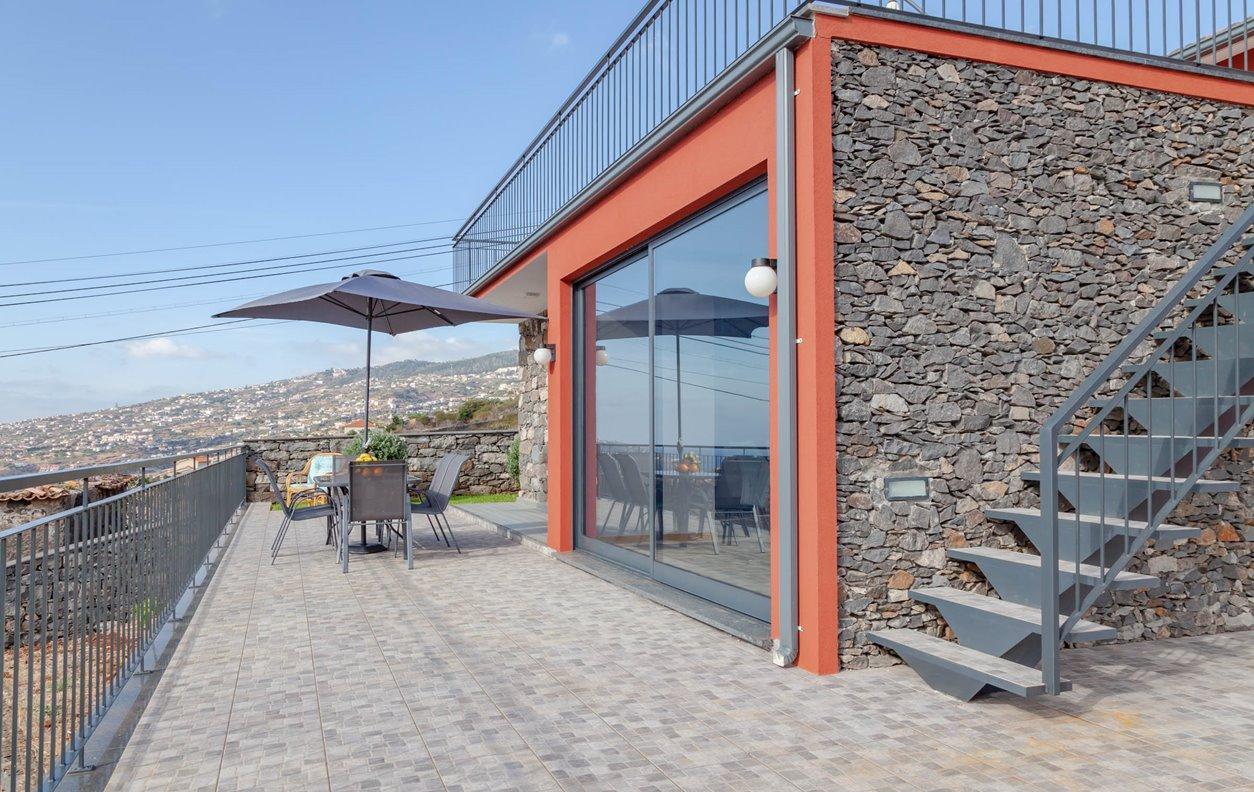 Casa de Férias com Vista Mar, Cozinha Equipada  e Wi-Fi - Próximo Aeroporto Internacional Cristiano Ronaldo - 12920