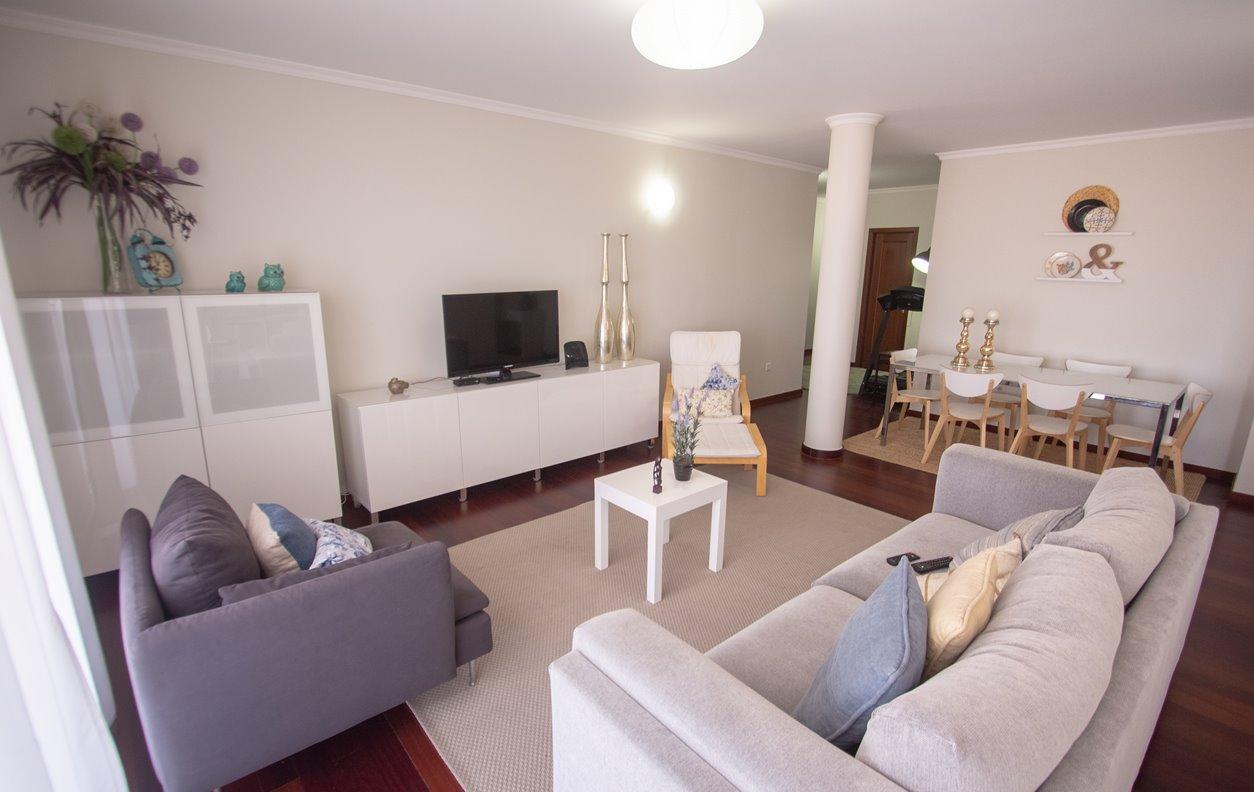 Apartamento de Férias com Vista Mar , A/C e WI-FI - Próximo Forte de São Bento - 12956