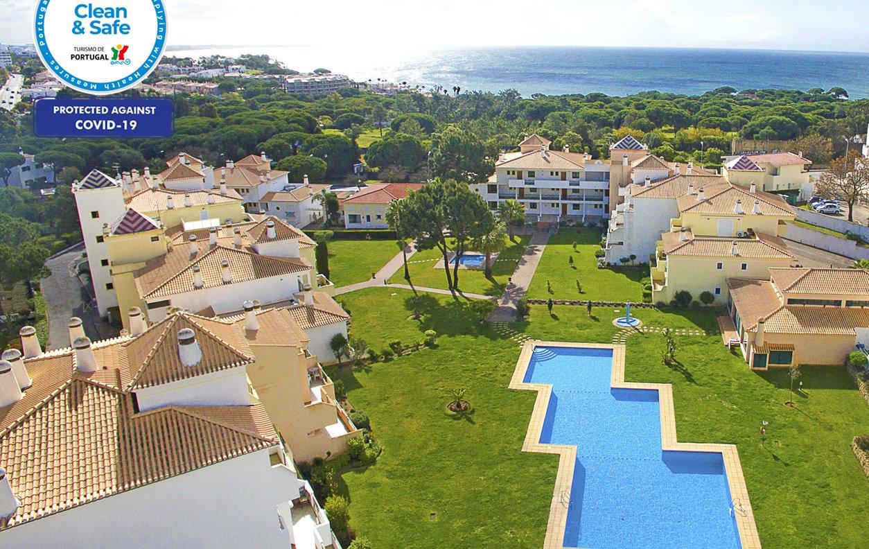 Apartamento de Férias com Piscina e Jardim, A/C e Wi-Fi - 15 minutos a pé das excelentes praias de areia dourada - 13011