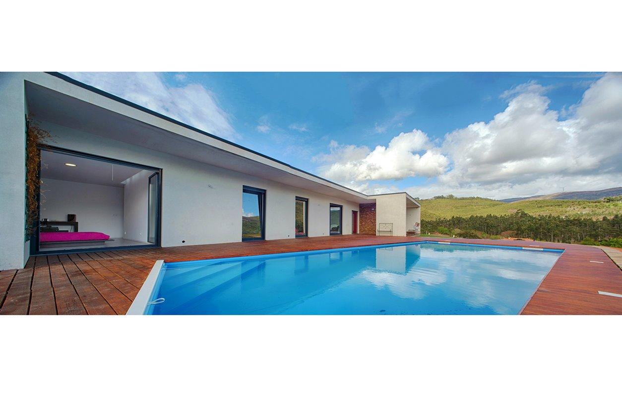 Casa De Férias com Piscina, Vista Montanha, AQ.Central,Sustentável, BBQ e Wi-Fi - Próximo Monte dos Góios - 13018