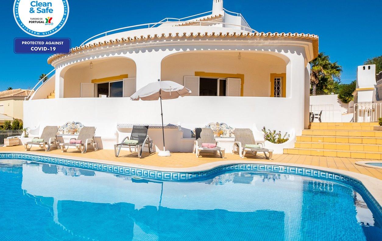 Villa Grace Bay - Vivenda de Férias com Piscina Aquecivel, Jardim, A/C, BBQ e Wi-Fi  - 13033