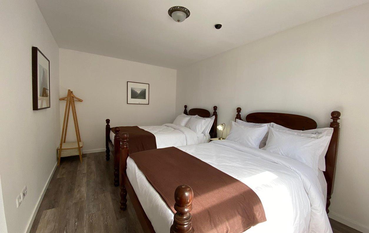 Suite em Hostel de Férias com Wi-Fi - Próximo da Praia da Calheta - 13089