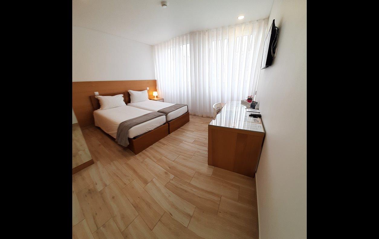 Suite em Apartamento de Férias com A/C e Wi - Fi  - Próximo Museu da Chapelaria - 13098