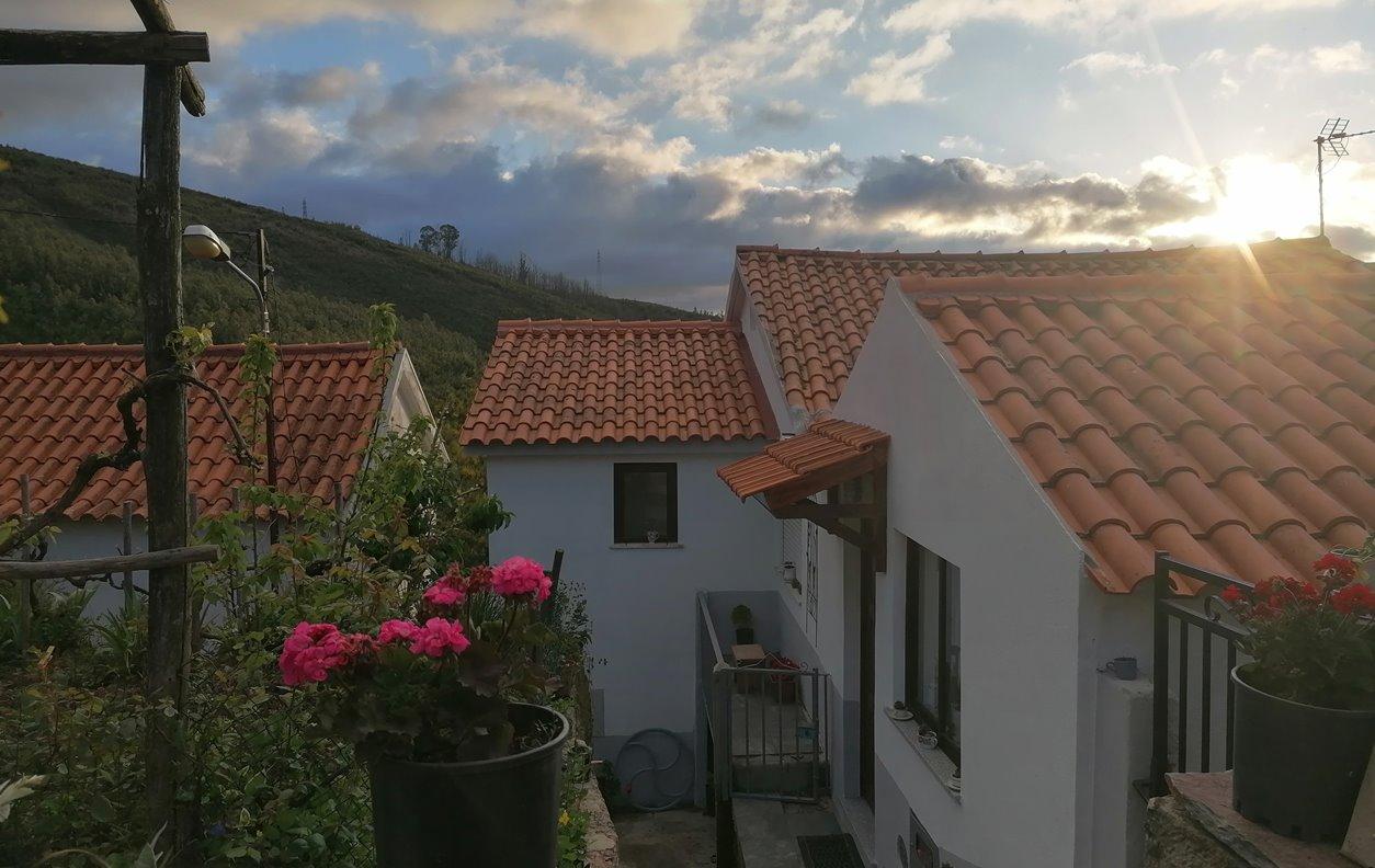 Casa de Férias com Vista Montanha, Lareira e Wi-Fi - Próximo Santuário Nossa Senhora das Preçes - 13176