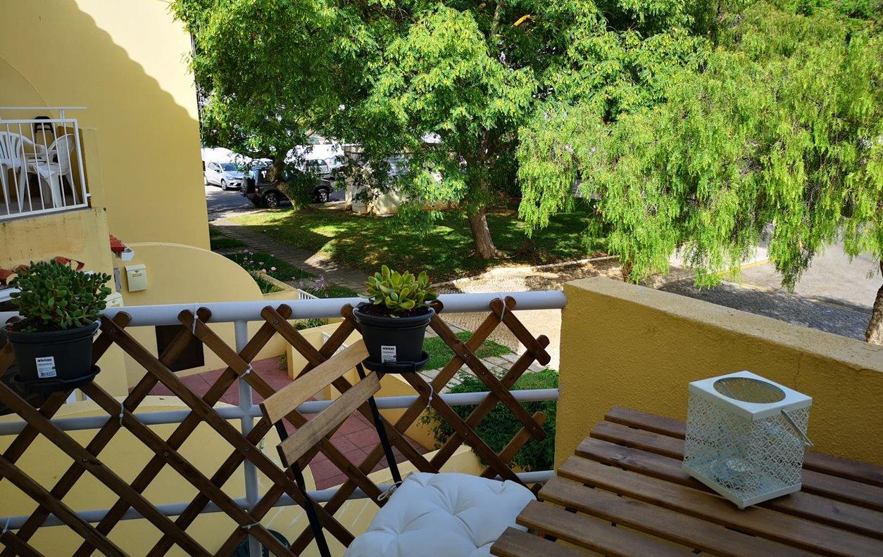 Apartamento de Férias com Piscina e Jardim, A/C, Wi-Fi - 1 minuto a pé da Mariana de Vilamoura- 12554