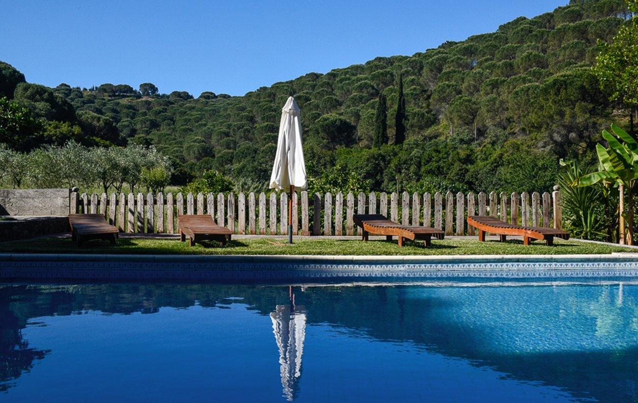 Casa de Férias com Piscina, Vista Montanha, Jardim, BBQ e Wi-Fi - Próximo Parque das Alcanadas - 1765
