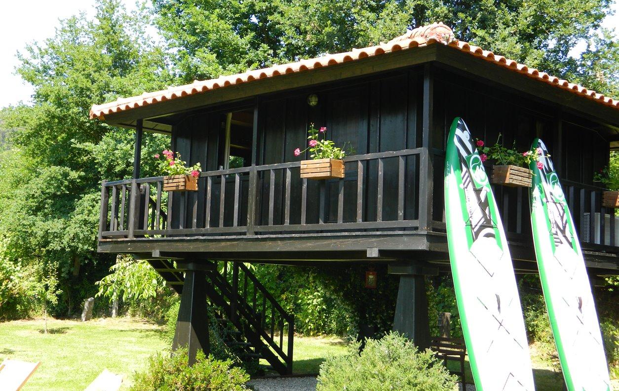 Bangaló de Férias com Piscina, Vista Montanha, Jardim, A/C, BBQ e Wi-Fi - Próximo  Ecovia do Vez - 1911