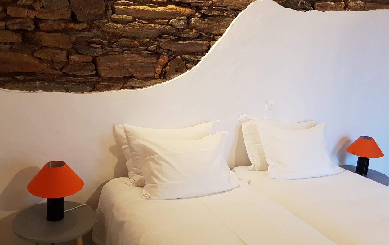 Casa de Férias com Vista Montanha, A/C e Wi - Fi - Próximo Castelo Monsaraz - 2000