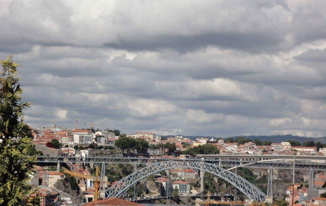 Porto W indow