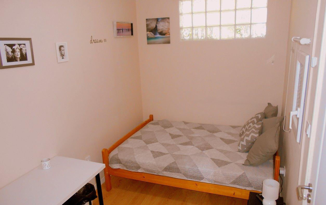 Arade room 2